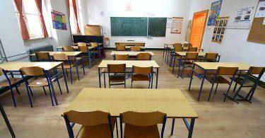 Veronauka, Građansko vaspitanje, škola, klupe, učionica